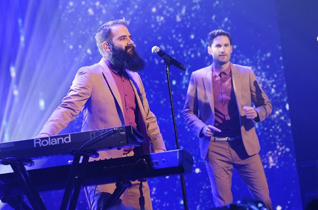 capital-cities-new-years-eve-2014-dick-clark-650-430